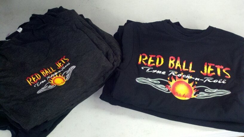 Red Ball Jets T-shirts